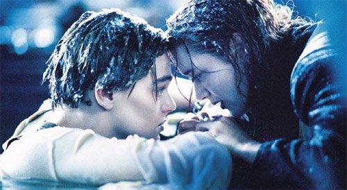 Titanik najromantičnija scena