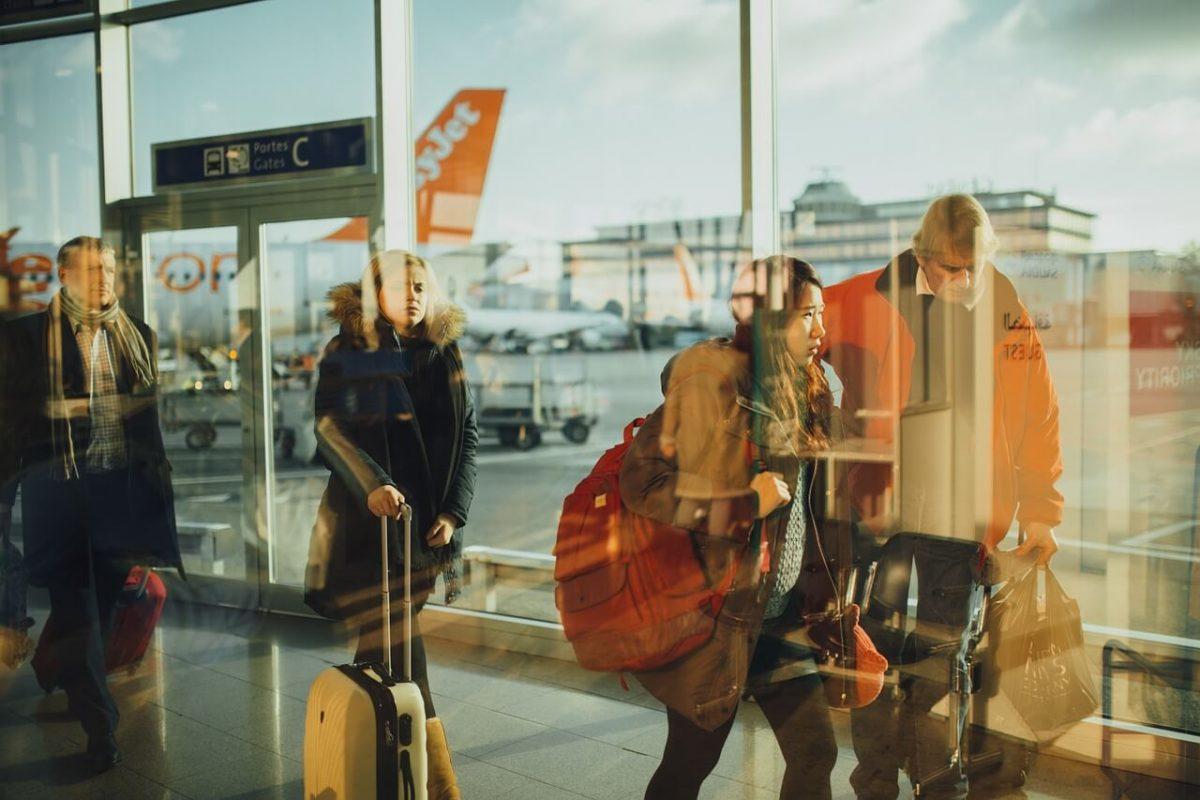 putnici avion terminal