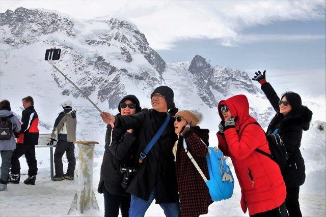 porodica-selfi-planina